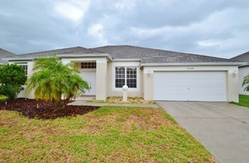 25546 Aptitude Ter 4 Beds House for Rent Photo Gallery 1
