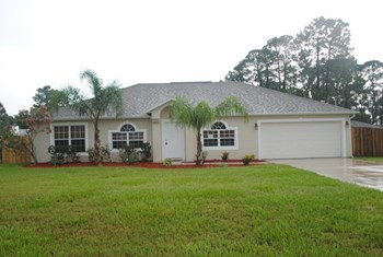 4757 Fairsun Street 4 Beds House for Rent Photo Gallery 1