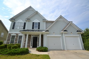 4541 Columbus Cir 4 Beds House for Rent Photo Gallery 1