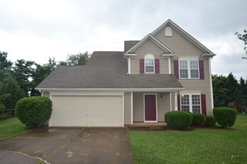 5840 Branthurst Dr 3 Beds House for Rent Photo Gallery 1