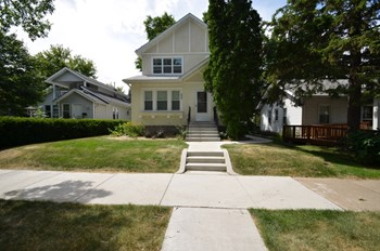 4604 Columbus Avenue 4 Beds House for Rent Photo Gallery 1
