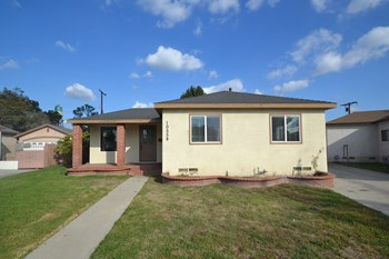 10558 Stonybrook Ave 3 Beds House for Rent Photo Gallery 1