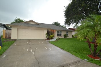 403 Lake Daisy Dr 3 Beds House for Rent Photo Gallery 1