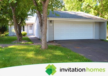 1121 Benton Way 3 Beds House for Rent Photo Gallery 1
