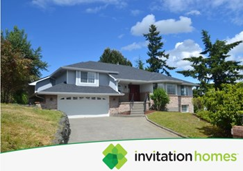 3615 Oakmont Place Ne 4 Beds House for Rent Photo Gallery 1