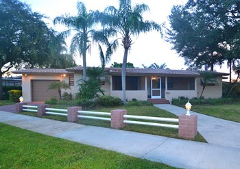 3925 Arthur St 3 Beds House for Rent Photo Gallery 1