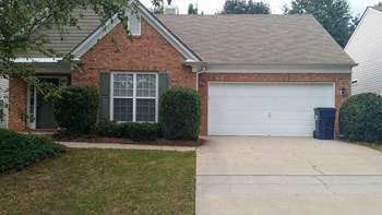 6610 Waveland Dr 3 Beds House for Rent Photo Gallery 1