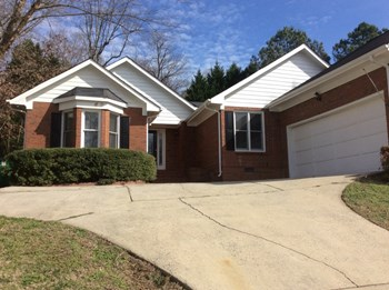 1012 Balsam Terrace 4 Beds House for Rent Photo Gallery 1