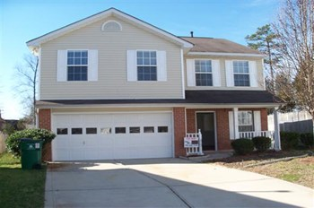 8640 Silver Falls Way 4 Beds House for Rent Photo Gallery 1