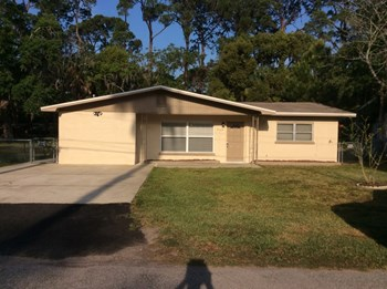 7149 WEDGEWOOD DRIVE 3 Beds House for Rent Photo Gallery 1