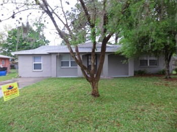 3007 Bucida Drive 2 Beds House for Rent Photo Gallery 1