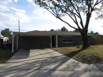 902 WINCHESTER COURT 3 Beds House for Rent Photo Gallery 1