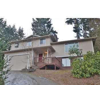 4324 60th Av Ct W 4 Beds House for Rent Photo Gallery 1