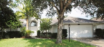 5725 Sheffield Pl 3 Beds House for Rent Photo Gallery 1