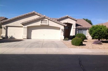 10660 E Pampa Ave 3 Beds House for Rent Photo Gallery 1