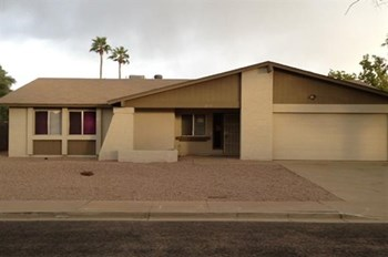 2031S Palmer Cir 3 Beds House for Rent Photo Gallery 1