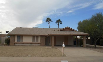 3224 N Woodburne Dr 3 Beds House for Rent Photo Gallery 1