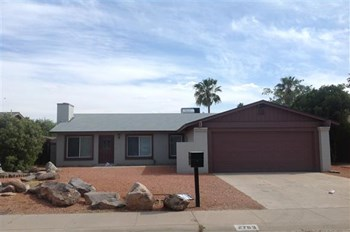 2763 E Windrose Dr 3 Beds House for Rent Photo Gallery 1
