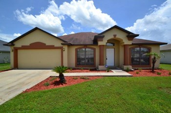 9985 Lancashire Dr 3 Beds House for Rent Photo Gallery 1