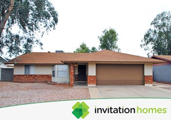 3841 E Hampton Ave 3 Beds House for Rent Photo Gallery 1