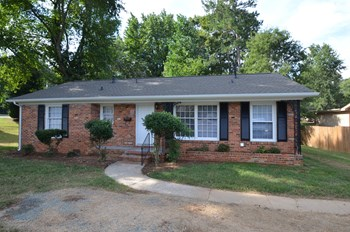 933 Clanton Rd 3 Beds House for Rent Photo Gallery 1