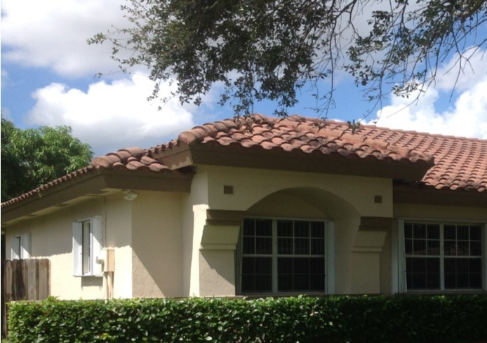 15830 SW 153rd Ct 4 Beds House for Rent Photo Gallery 1