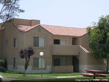 28923 N. Prairie Lane 2-3 Beds Apartment for Rent Photo Gallery 1