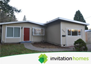 7444 S Pine St 3 Beds House for Rent Photo Gallery 1