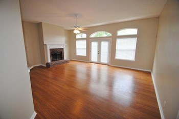 14523 Greenover Ln 4 Beds House for Rent Photo Gallery 1
