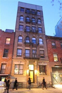 19 Jones Street Studio Apartment for Rent Photo Gallery 1