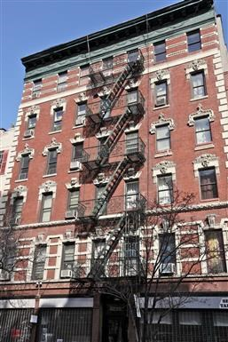 207-211 East 29th Street Studio Apartment for Rent Photo Gallery 1