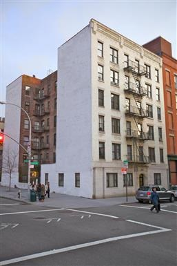 152 Thompson Street 1 Bed Apartment for Rent Photo Gallery 1