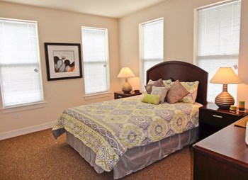 100 Rider Avenue 1-4 Beds Apartment for Rent Photo Gallery 1