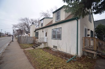 4601 3Rd Ave S 3 Beds House for Rent Photo Gallery 1