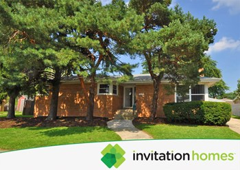 10029 S Kilbourn 3 Beds House for Rent Photo Gallery 1