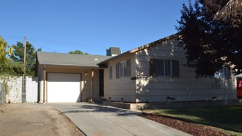 5712 Rio Verde Way 3 Beds House for Rent Photo Gallery 1
