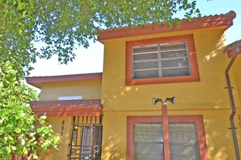 5975 SW 137th Ave Apt 801 3 Beds House for Rent Photo Gallery 1