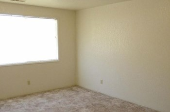 2300 Table Rock A-C 2 Beds Apartment for Rent Photo Gallery 1