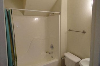 224 Cheryl Lane #''''''''s 5, 6, 7, 8, 9 2 Beds Apartment for Rent Photo Gallery 1