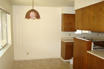 187-189 Garfield 3 Beds Apartment for Rent Photo Gallery 1