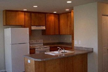 5,6,11,12 2 Beds Apartment for Rent Photo Gallery 1