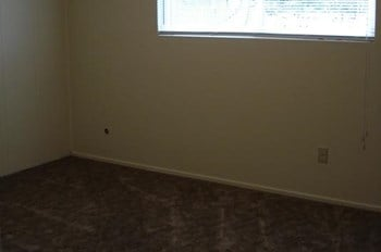 817 Diamond St. 1&2 2 Beds Apartment for Rent Photo Gallery 1
