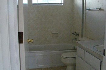 215 W 1st #1-10 2 Beds Apartment for Rent Photo Gallery 1