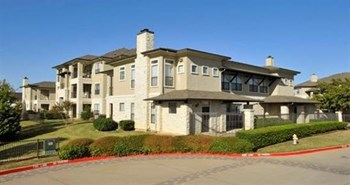 8404 Warren Parkway 1-3 Beds Apartment for Rent Photo Gallery 1