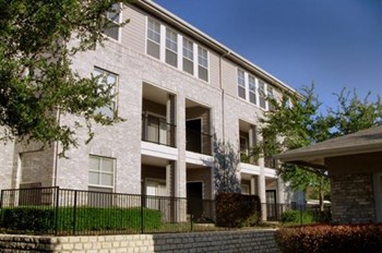 3621 Frankford Road 1-3 Beds Apartment for Rent Photo Gallery 1
