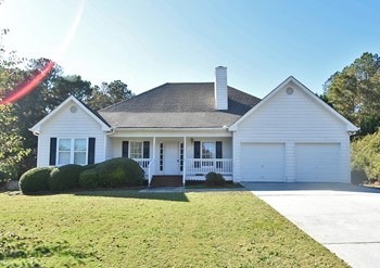 2405 Huntington Dr 3 Beds House for Rent Photo Gallery 1