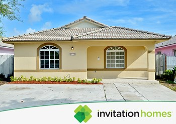 9775 Nw 126th Terrace 3 Beds House for Rent Photo Gallery 1