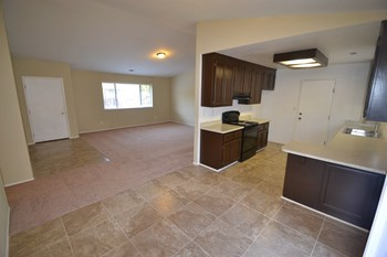 3423 Bristol Ct 3 Beds House for Rent Photo Gallery 1