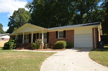 3300 Matthews Mint Hill Rd 3 Beds House for Rent Photo Gallery 1