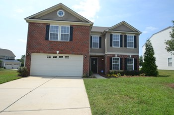 113 Kendrick Farm Dr 4 Beds House for Rent Photo Gallery 1